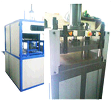Automatic and Semi Automatic Vacuum Forming Machine for PVC, PET, PS, ABS