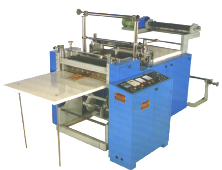 Micro Processor Controlled Bottom Sealing and Cutting Machine