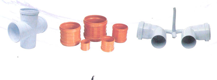 Collapsible core PVC pipe fitting moulds_2