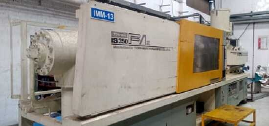 Toshiba 350 ton injection moulding machine