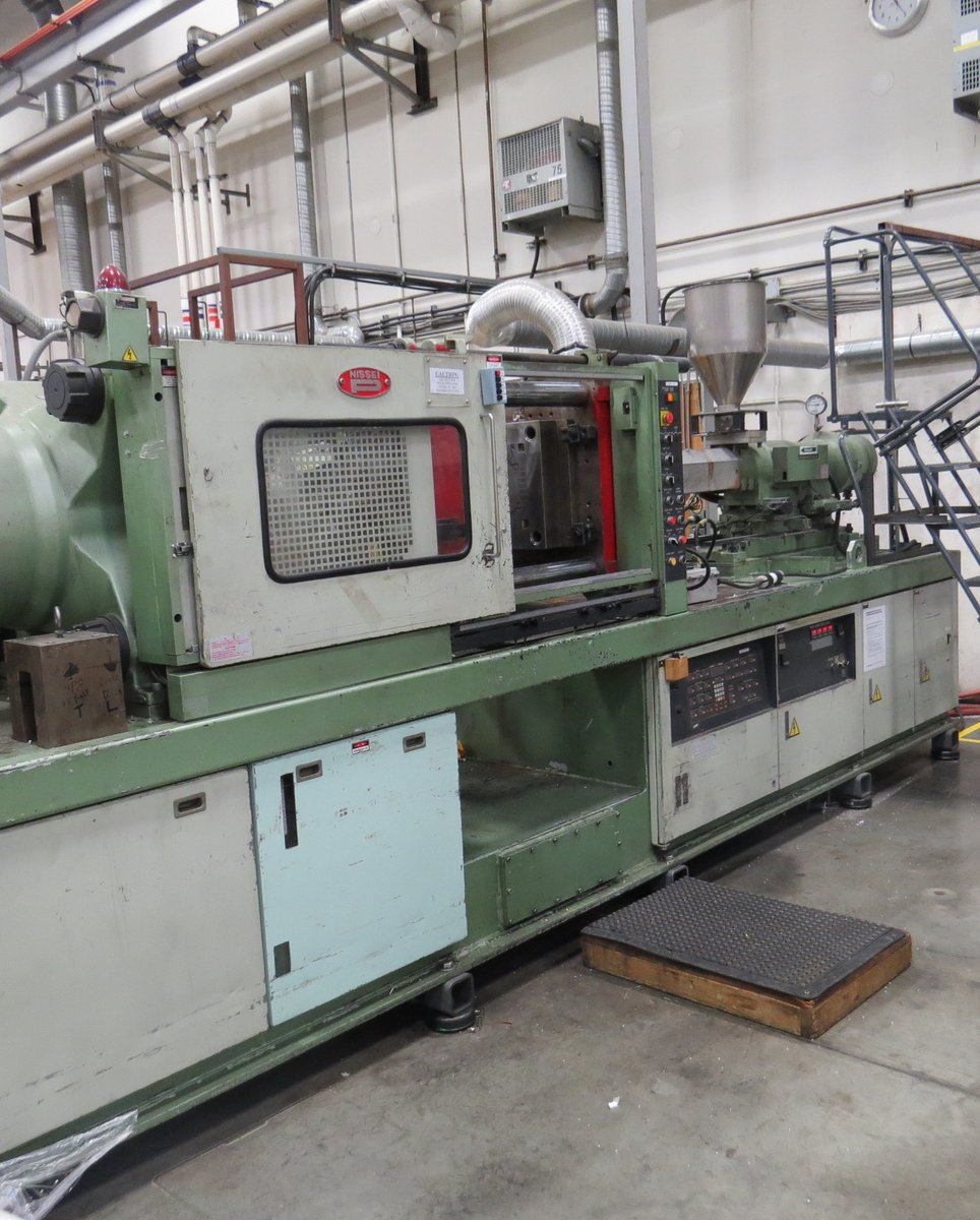 used injection moulding machine price