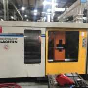 1000 ton Cincinnati Milacron injection moulding machine